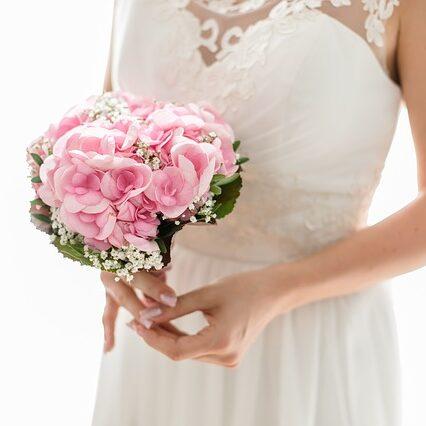 bride-2121784_640